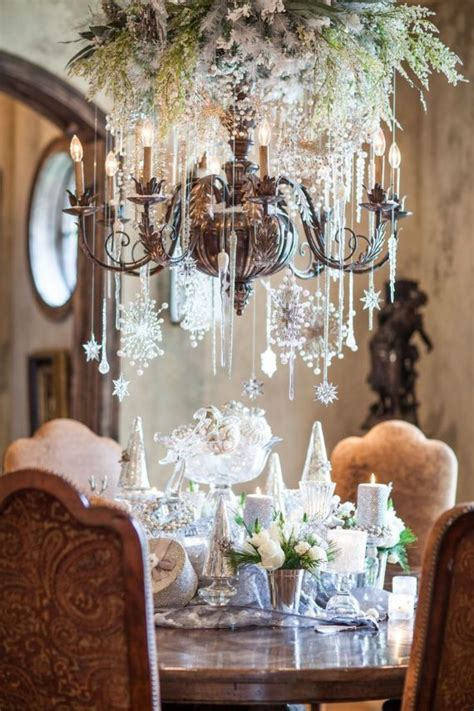 Decorating With Chandeliers Best 25 Chandelier Ideas On Pinterest Chandelier Decor Dinning