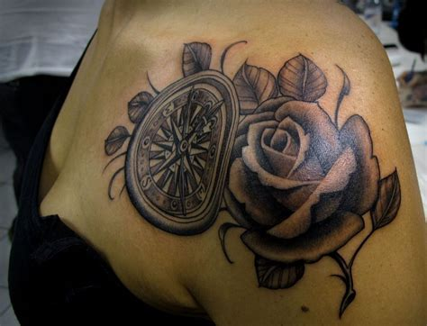de tatuajes de rosas tatuajes de rosas para mujer