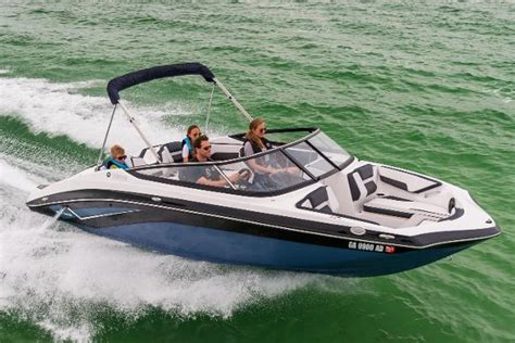 yamaha boats reviews new yamaha ar195 sport boat review boats
