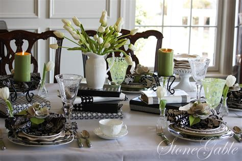 table scapes stonegable book club tablescape