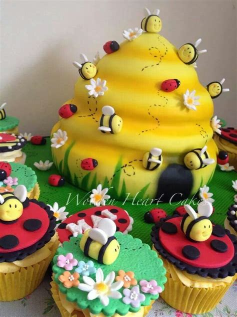 1000 ideas about bee hive cake on bumble bee