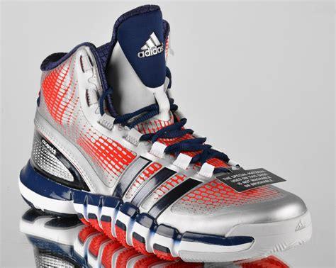 Sepatu Adidas Adipure Crazyquick adidas adipure crazyquick wall mens basketball