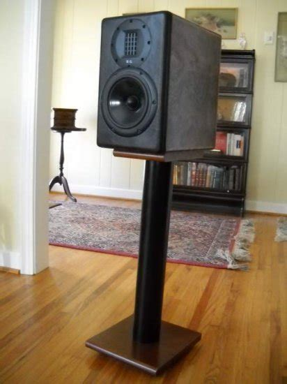 pdf diy speaker stand diy gun locker plans
