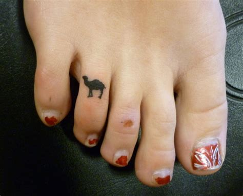 camel toe tattoo camel toe picture at checkoutmyink