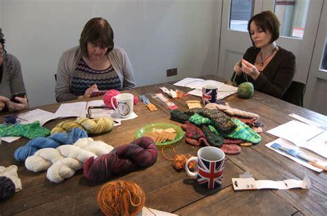 knitting courses uk knitting workshops debbie tomkies