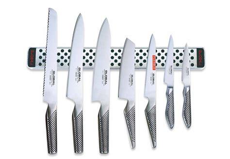 Global Knives Magnetic Knife Rack by Global Knives 8 Knife Set With 40cm Magnetic Rack