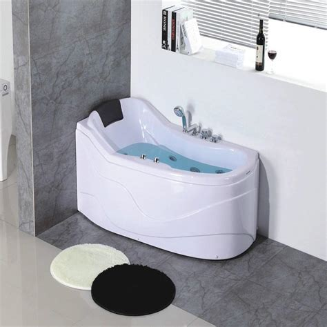 Whirlpool Tub For Small Spaces ? Decor References