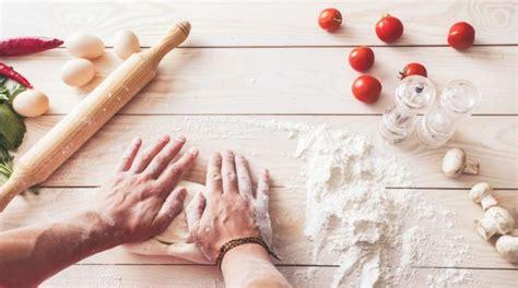 cara membuat donat warung bagaimana cara membuat adonan donat yang lembut dan empuk