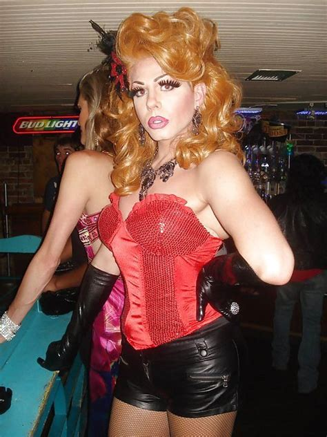 sissy his lipstick 1000 images about life on pinterest sexy boy photos