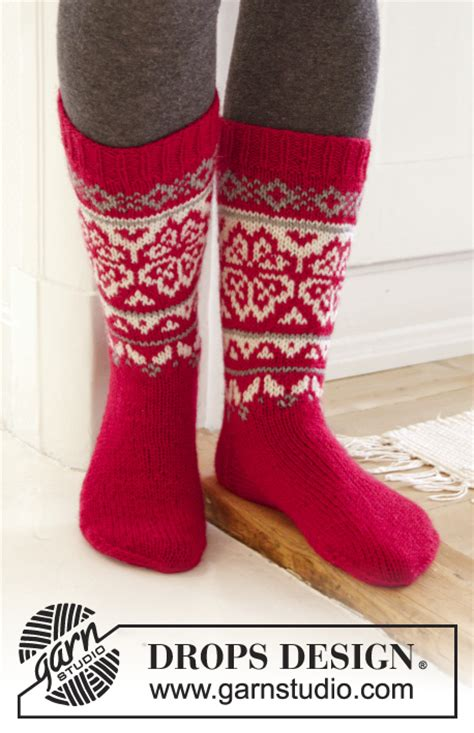 tabio nordic pattern house socks home for christmas drops extra 0 1204 free knitting