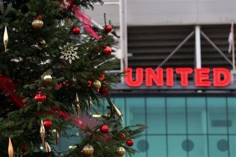 manchester ct christmas tree shop artificial manchester united legend sir alex ferguson launches his own range of trees mirror