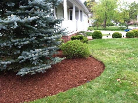 Landscape Bark Bark Mulch For A Beautiful Yard In Nh Landscaping