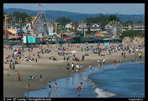 picture photo beach and seaside amusement park on a summer afternoon santa cruz california usa