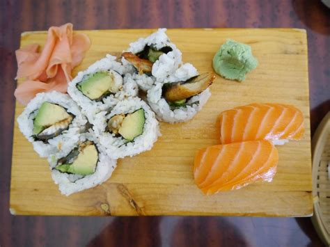 Pembungkus Sushi Roll And Free Spoon Limited top 5 places to get sushi in baltimore