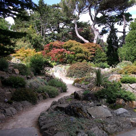 Botanic Gardens Glasnevin National Botanic Gardens Glasnevin Balanced