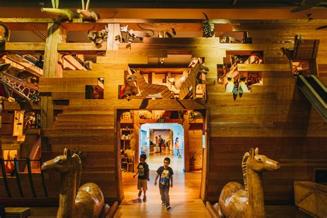 ark boat exhibit noah s ark at skirball cultural center in los angeles