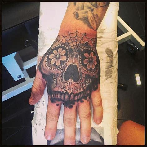 sugar skull finger tattoo sugar skull ideas