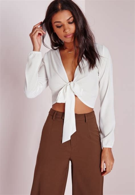 30029 White Tie Blous missguided tie front cropped blouse white in white lyst