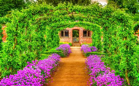 Senci Green Flower Garden Garden Hd Wallpaper And Background 2048x1273