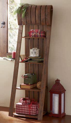 toboggan shelf    country door christmas