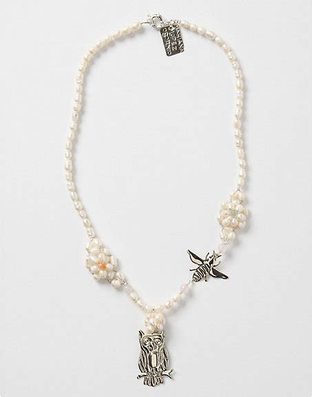 8 Pretty Necklaces For Summer by Mariana Osornio Bird And Bee Necklace 8 Pretty