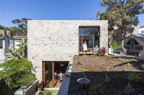 house architects courtyard house aileen sage architects archdaily