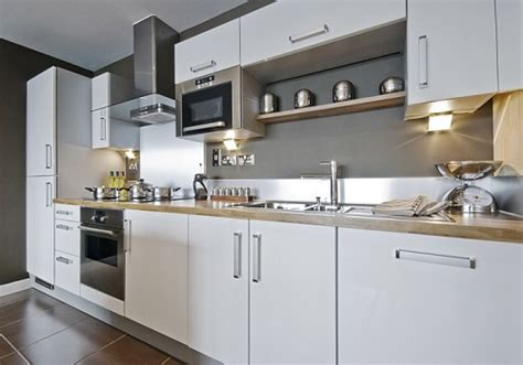 Cabinet Shops Hiring by How To Hire The Best Kitchen Cabinet Makers Kravelv