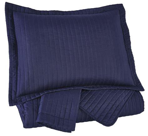 navy king bedding raleda navy king comforter set from ashley q497003k coleman furniture