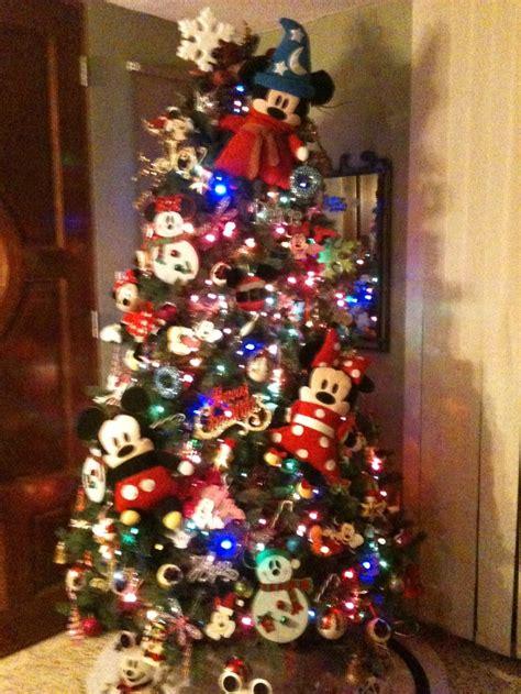 mickey christmas tree christmas tree s pinterest