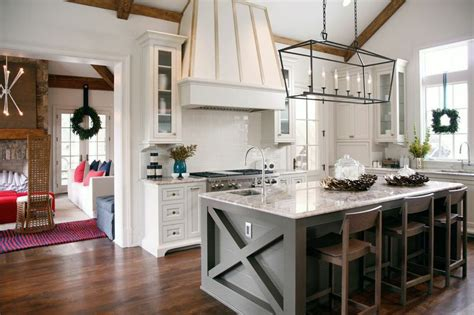 Pictures Of Kitchen Islands by Get Outlets Out Of Site On The Kitchen Island
