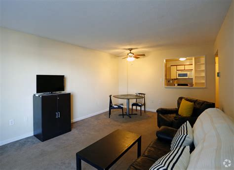 1 bedroom apartments in memphis tn blair tower rentals memphis tn apartments com
