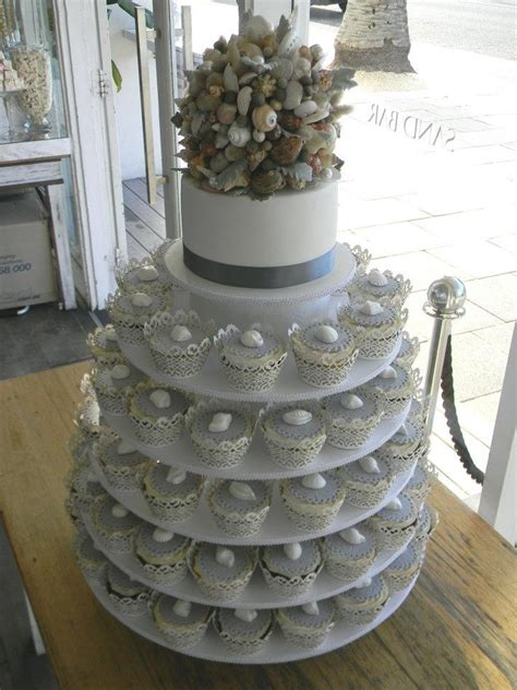The Top Five Bag Cakes Beacuse Theyre And by 20 Best Images About Seashell Wedding Cakes Just