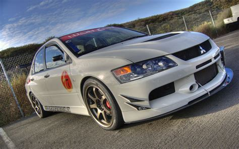 lancer evo white mitsubishi evo 8 modified white www pixshark com