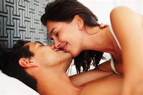 kissing on the bed 15 things that would happen if porn was set in ireland
