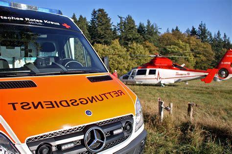 Unfall Motorrad Wiesbaden by Motorradfahrer Stirbt Nach Unfall Auf Wisperstra 223 E