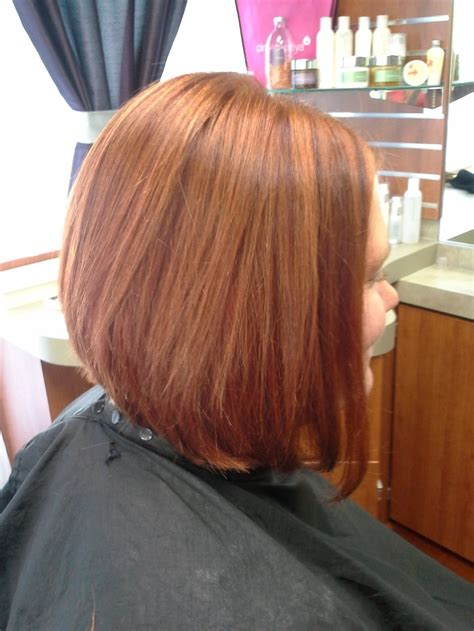 inverted bob chunky highlight inverted bob with bangs and chunky high lights short