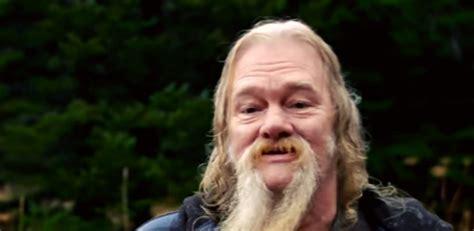 alaskan bush people billy dies new movie 2016 alaskan bush people star billy brown stole from alaskans