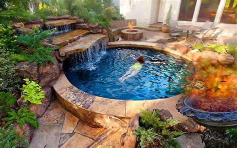 backyard spas spool half pool half spa perfect joe dipaulo stone