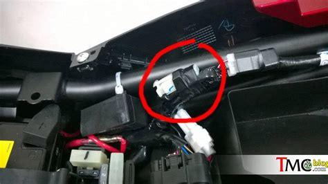 Usb Charger Daytona soket usb charger di bawah jok new vixion dan vixion r