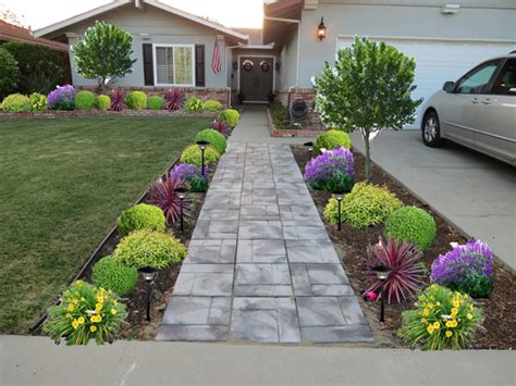 Landscaping Pictures curb appeal 20 modest yet gorgeous front yards