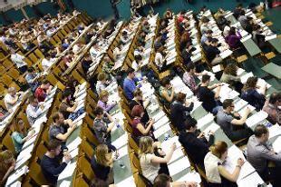 roma 3 economia test ingresso universit 224 quot addio al test d ingresso a medicina quot news