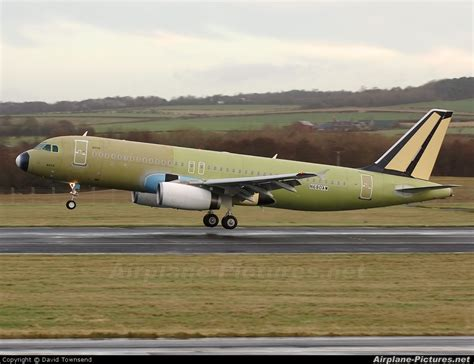 n680aw america west airlines airbus a320 at prestwick photo id 32081 airplane pictures net