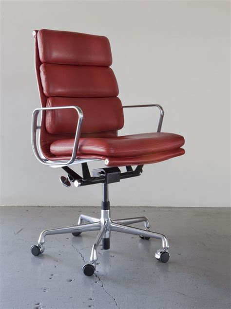 Eames Soft Pad Chair by Hermanmiller 174 Eames 174 Soft Pad Executive Chair The