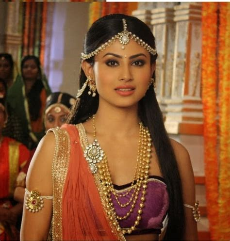 mauni roy full hd photos mouni roy hot full hd wallpapers beautiful naagin pics