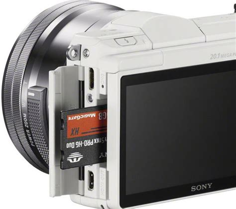Sale Kamera Mirrorless Sony A5000 buy sony a5000 mirrorless with 16 50 mm f 3 5 5 6 lens white free delivery currys