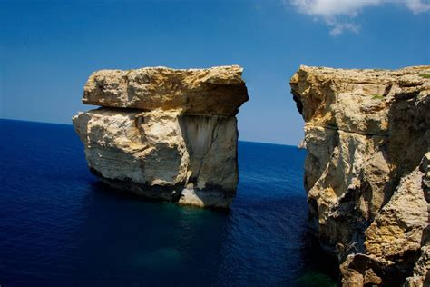 azure window before and after more cardinal burke malta doom malta s azure window arch