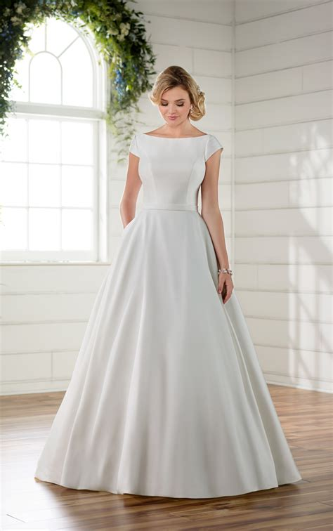 Pretty Wedding Dresses With Sleeves by Modest Wedding Dress With Sleeves Essense Of Australia