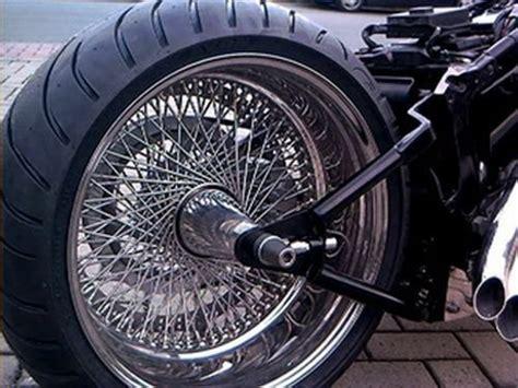 Motorrad Felgen Neu Einspeichen Preis by Hinterrad Komplett Va Poliert 8 00x18 240 Speichen Harley