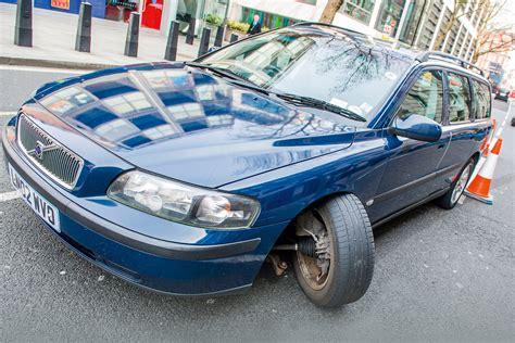 car suspension bad roads blamed for rise in car suspension breakdowns