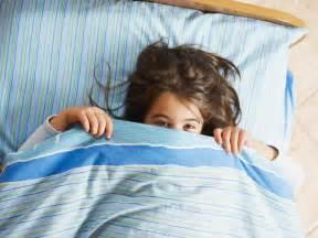 mon enfant 5 ans fait pipi au lit